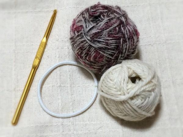 フェリシモ クチュリエ かぎ針編みシュシュ
